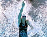 东奥7.29|何诗蓓以52.4秒再破100自亚洲纪录 晋级决赛