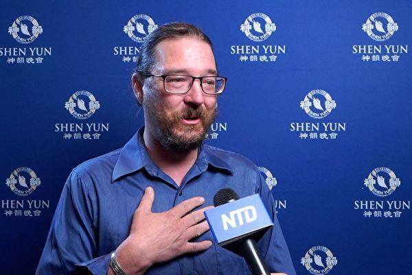 神韻是給中國提供的解毒劑 製作人心靈震撼