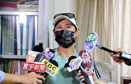 陳傑母親表示,陳傑到日本後,家人幾乎每天都會跟他視訊,關心防疫情形,了解他的適應狀況。