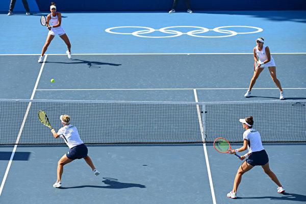 东奥7.31 女网双打巴西摘铜 令人跌破眼镜