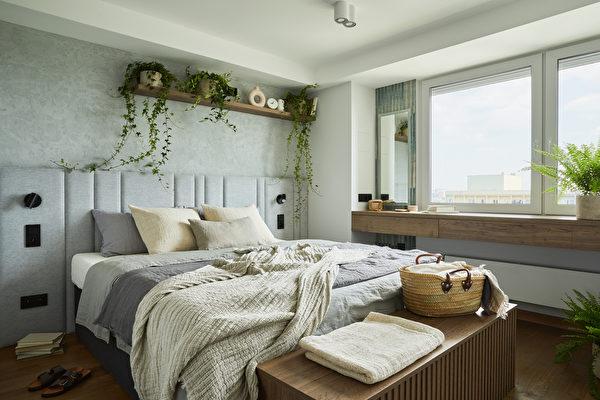 """卧室太小也不怕 巧用5招""""放大""""你的空间"""