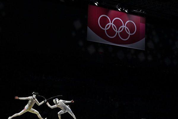 東奧8.1|港隊男團花劍名次賽45:21大勝埃及 最終排七位
