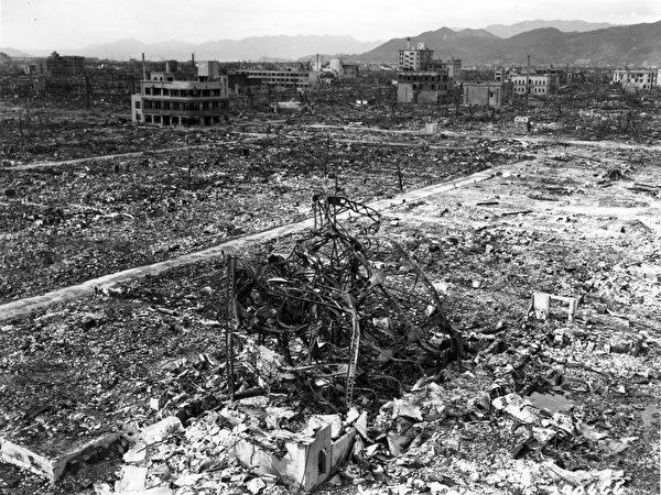长崎原子弹