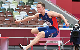 东奥男子400米跨栏 挪威名将再破世界纪录