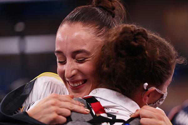 組圖:東京奧運選手獲勝瞬間 喜悅之情流露