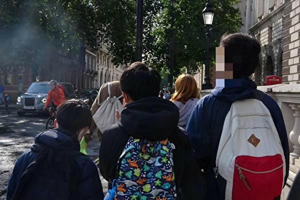 「擔心下一代成長」 《入境條例》加劇港移民潮