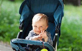 马里兰学生发明轮椅婴儿车 送老师特殊礼物