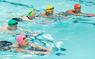 研究:游泳有助于提升认知力
