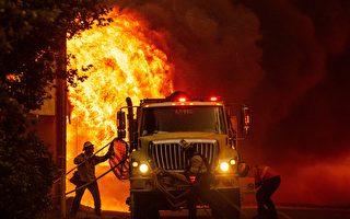 今年迄今全美最大野火 迪克西山火延燒超43.2萬英畝