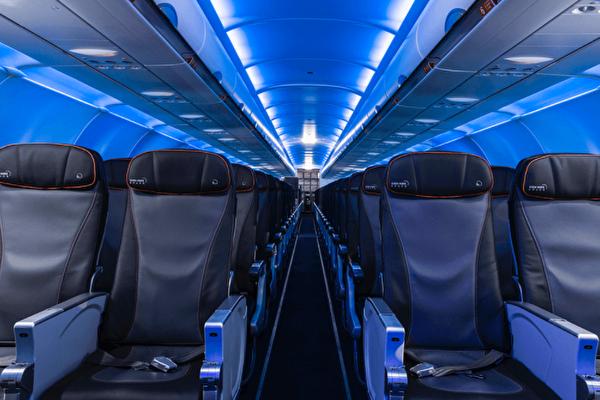 捷藍跨大西洋可負擔豪華航班直航起飛