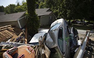组图:田纳西州暴雨成灾 至少22人死50人失踪
