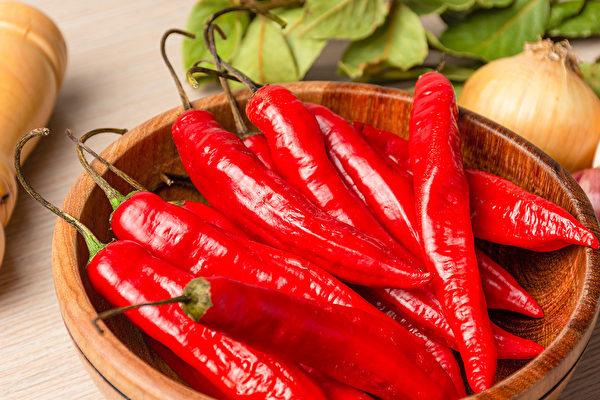 小小辣椒,不但开胃,还有保健功效。(Shutterstock)