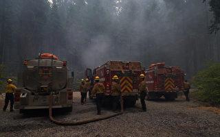 卡爾多山火逼近太浩湖 消防員聚集滑雪勝地全力阻擊
