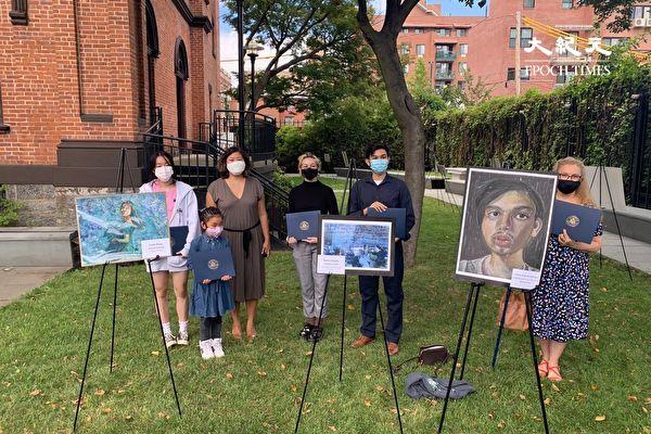 纽约华裔女生水粉画入选国会山庄展出