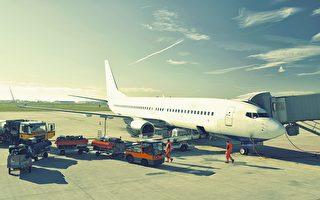 看了才知道 原来旅客的行李箱这样上飞机