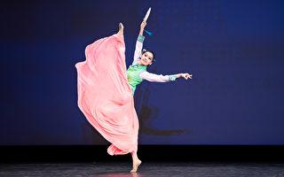 组图二:第九届中国古典舞初赛少年女子组风采