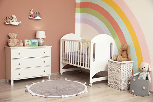 Cute,Child's,Room,Interior,With,Beautiful,Rainbow,Painted,On,Wall,拱門