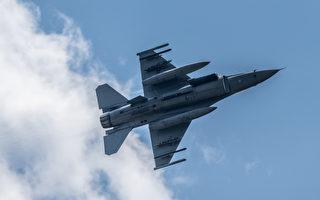 伊拉克战争中 美军F-16战机以音爆拯救英军