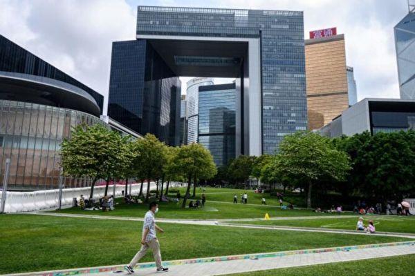 颜丹: 香港议员拒宣誓与大陆官员非正常死亡