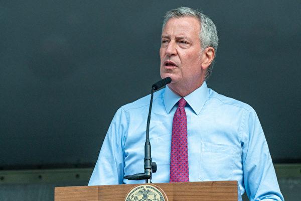 纽约市公校18个月来首次全面重开 停远程教学