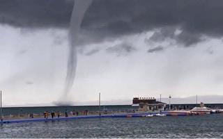青海湖出现龙吸水奇观 网民:太震撼了