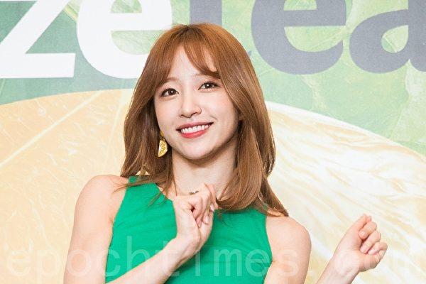 EXID哈妮新戏与EXY和率滨组女团 公开团体照
