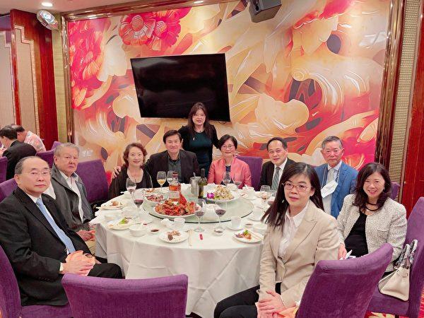慶雙十國慶酒會 臺美商會贊助大型冰雕