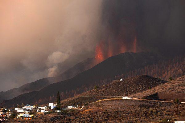 組圖:西班牙加那利群島火山持續噴發