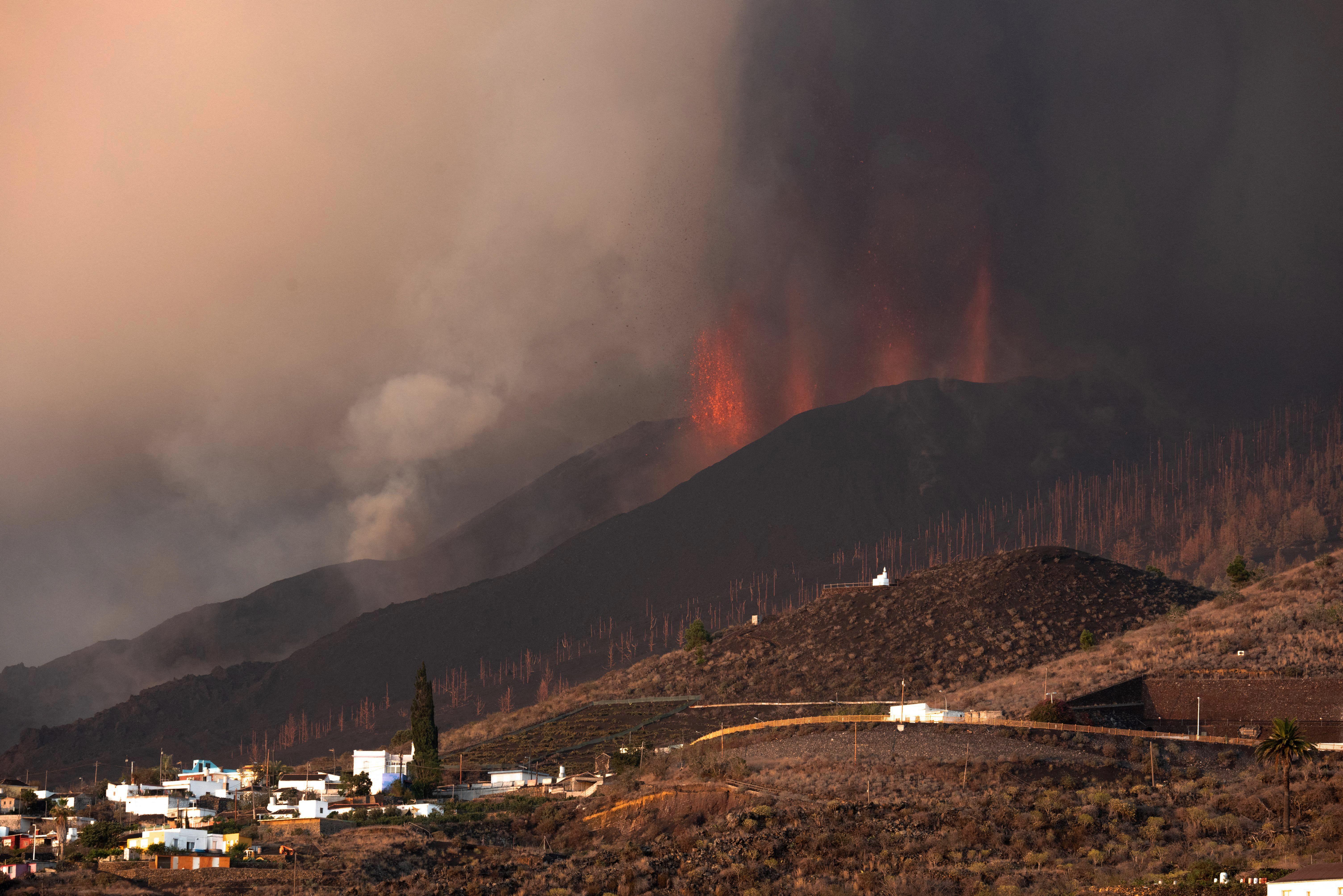 西班牙加那利群島火山持續噴發(多圖)