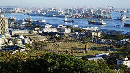 高雄港站旧港区铁道线群与建物群。