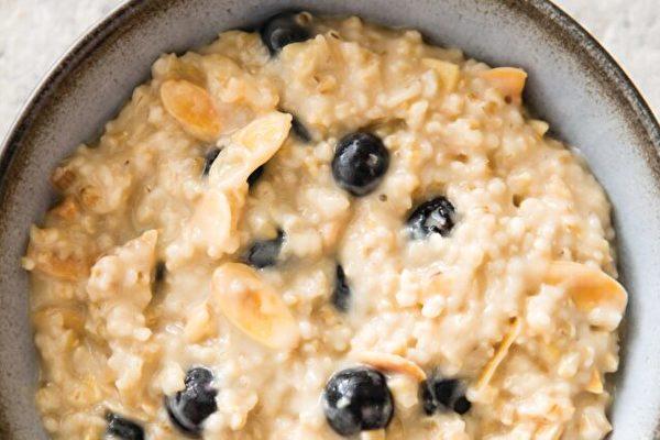 鋼切燕麥 利用睡眠時間即可烹飪的早餐