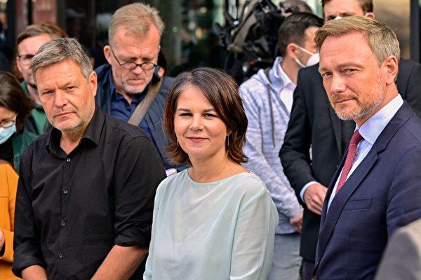 德大選後組閣艱難 默克爾權力真空誰來填補?
