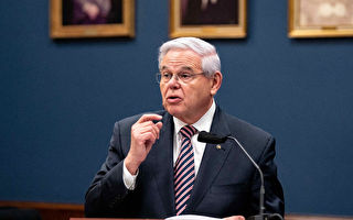 美参议员:外交不对等 应驱逐300名俄外交官