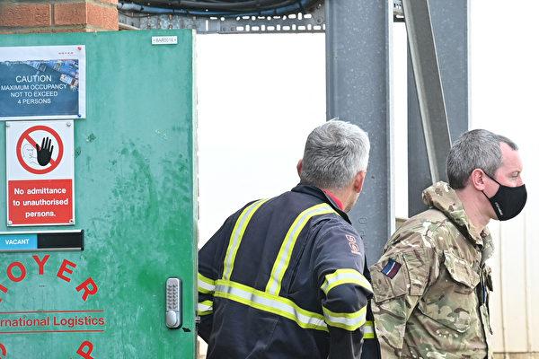 組圖:燃油供應緊缺 英國派出軍隊協助運輸