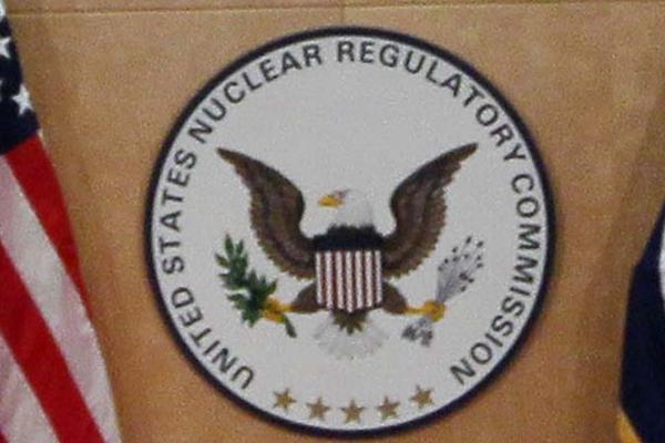 美国暂停向中共售核材料 专家:忧核武威胁