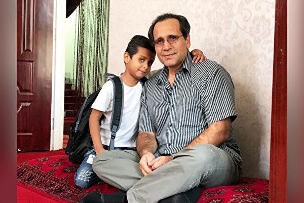 10歲阿富汗男孩經歷艱難到美國新家 開始上學