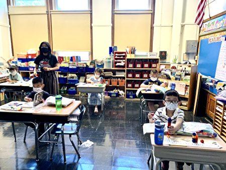 圖為紐約法拉盛一所公立小學。