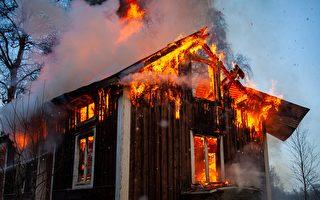 男子從火場救出9旬老婦後癱倒 隨後也獲救