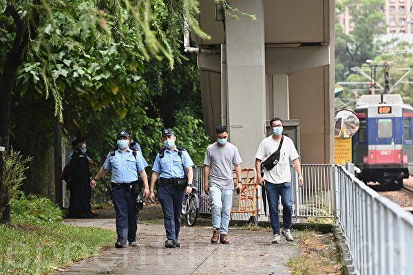 雙十節|屯門紅樓多名警員駐守 市民入內紀念被拒