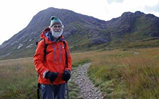 81岁老人为生病的妻子攀登苏格兰山脉