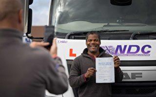 英国货车司机薪水高 大批公交车司机想改行