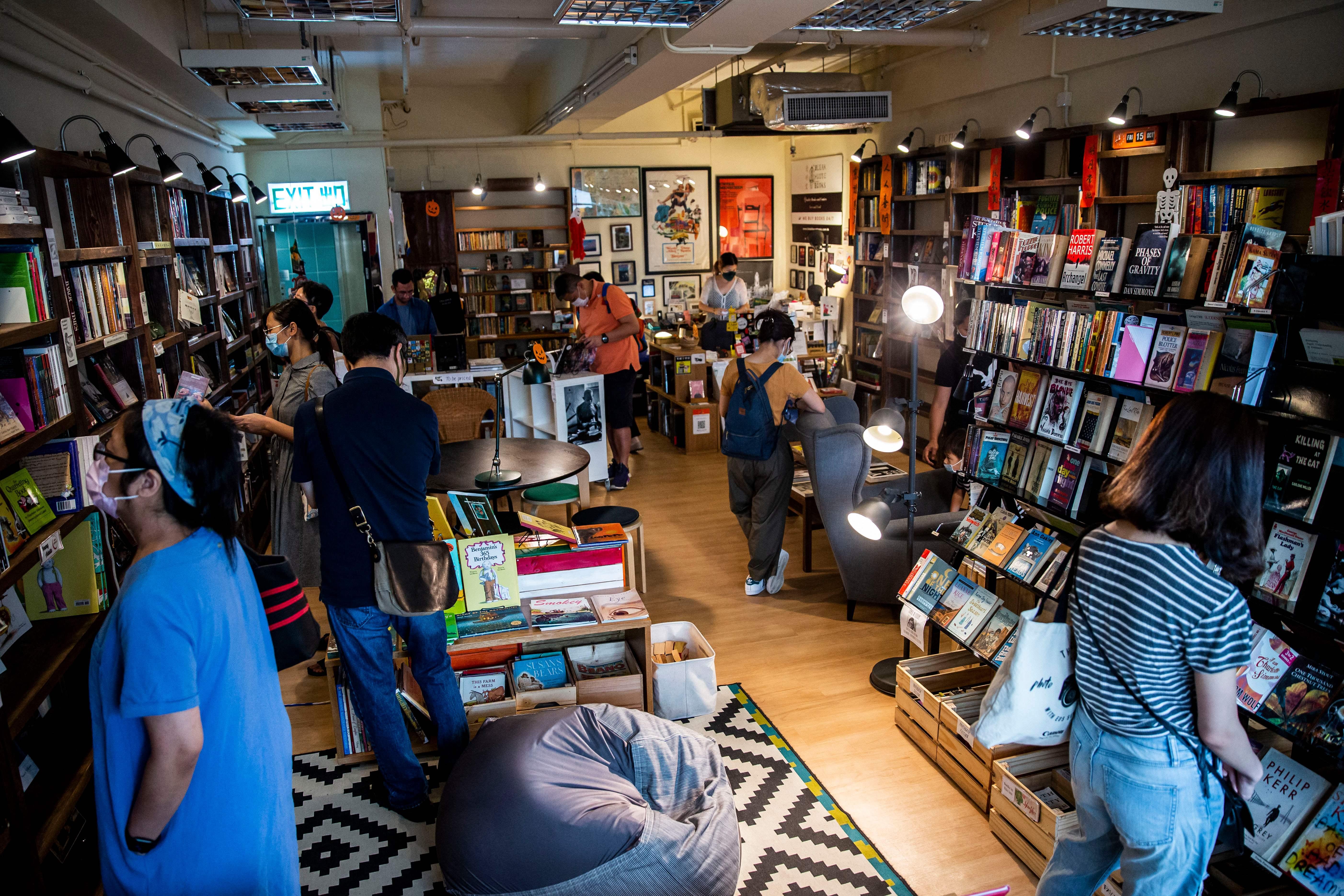政治壓力下 本港僅存獨立英文書店「清明堂」結業