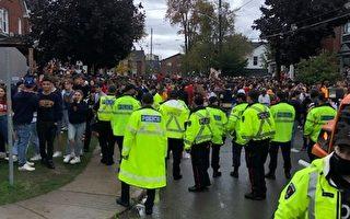 女王大學學生返校節聚會 一警察被人擲物砸傷