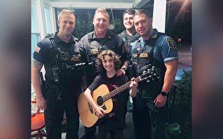 男孩吉他被人砸毀超傷心 警察:把我的送你