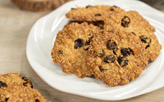 省钱又好吃的欧式茶点:葡萄干燕麦饼干