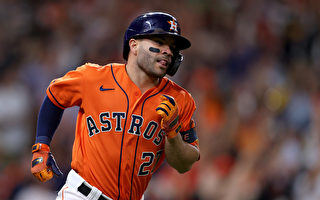 太空人投打发威 MLB世界大赛扳平